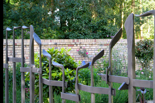 ... Bespoke Metal Garden Railings. Disguised Gate Hinges And Catch ...